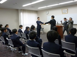 数学技能検定授賞式 (4月8日)